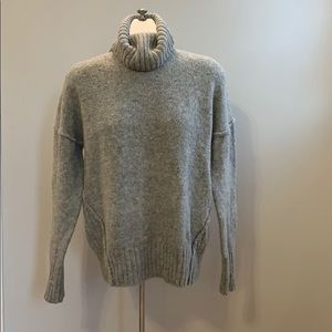 Adrienne Vittadini turtleneck sweater
